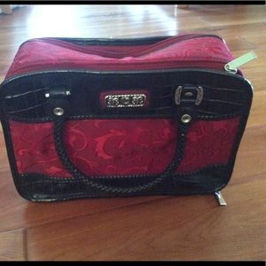 Cosmetic bag 11 x 7 red fabric with handles NWOT
